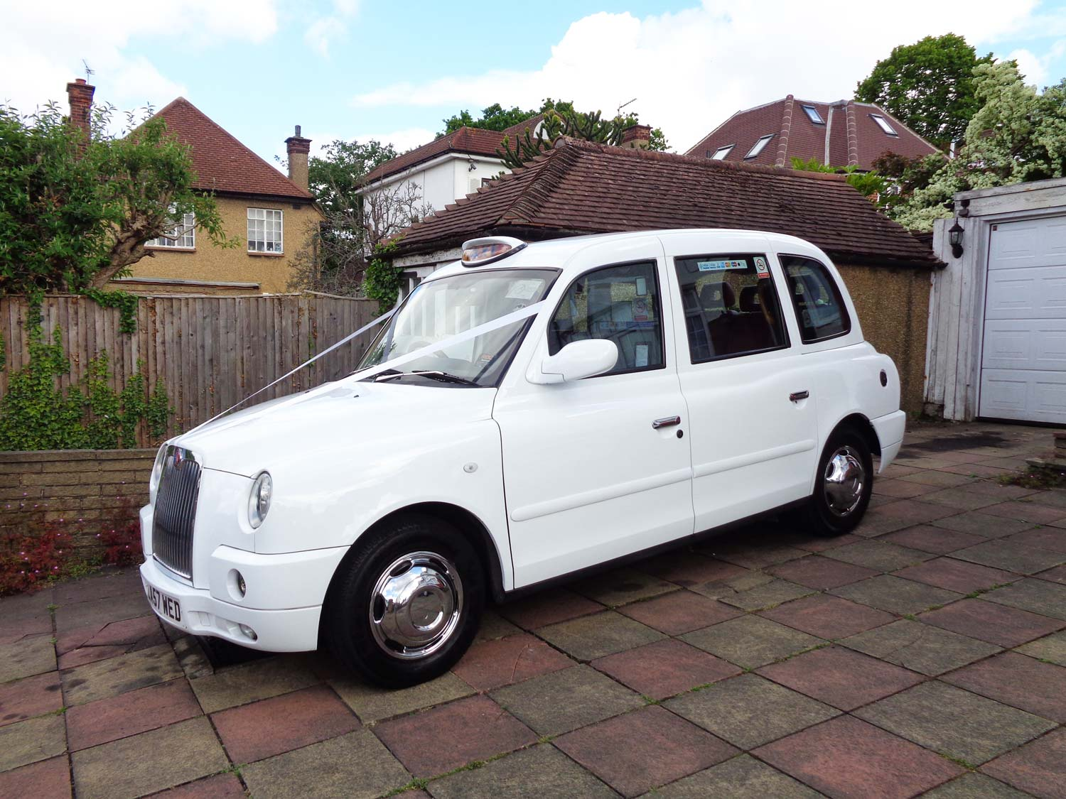Cars for Rent for Wedding